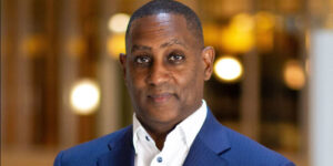 Industry veteran Derrick Morrow has been named area vice president and general manager of the Hyatt Regency Atlanta. Morrow originally started his career with the company at the hotel in 1991.