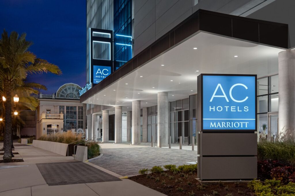 AC Hotel Orlando Downtown recently opened offering 2,000 square feet of meeting space in three rooms and 180 guest rooms. It is the brand's first hotel in the city.