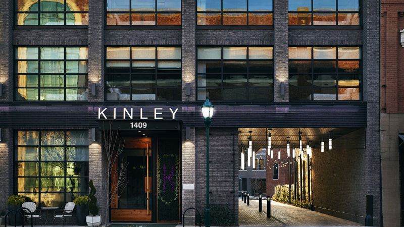 The newly opened Kinley Chattanooga Southside is teaming with local social club Common House Chattanooga to offer 'co work + play' package