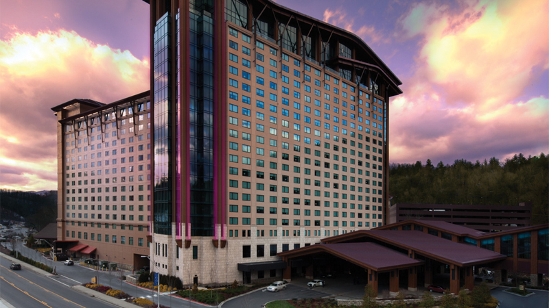 This fall, Harrah's Cherokee Resort in North Carolina will complete a four-year expansion that has tripled the venue's rentable convention space and added a 19-story, 725-room tower.